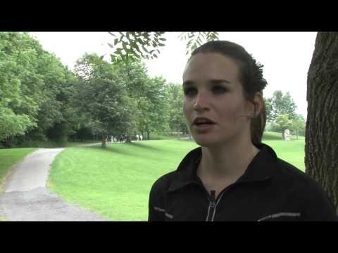 Joëlle Numainville, étudiante au baccalauréat en administration, revient sur son expérience olympique, qui lui a valu le 12e rang à l'épreuve de cyclisme sur route. Les Jeux olympiques ont eu lieu du 27 juillet au 12 août 2012 à Londres.