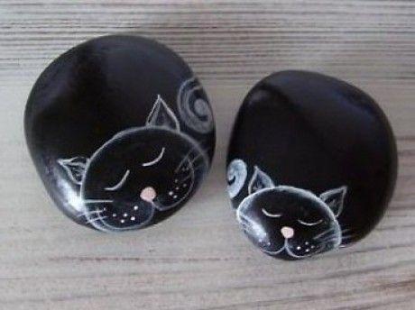 Gatos- piedras pintadas