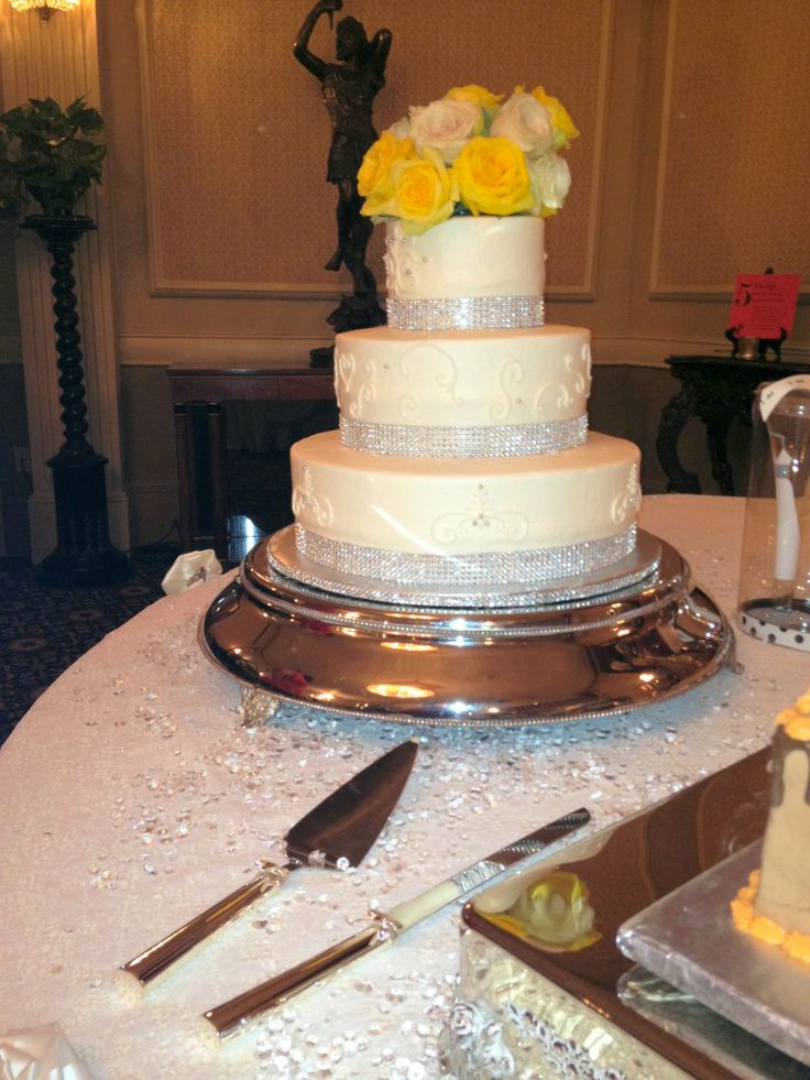 best wedding cakes austin texas 17 best images about wedding cakes on 11521
