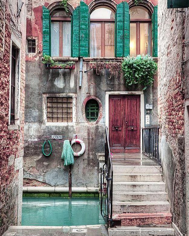 Картинки двери в домах италии часто