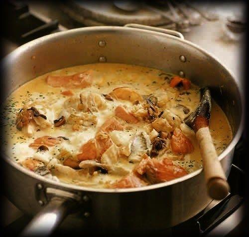 La Manche est riche en poissons plats, soles, limandes, plie,  carrelets, turbot. C'est avec ceux-ci et aussi avec la lisette de Dieppe, qui...