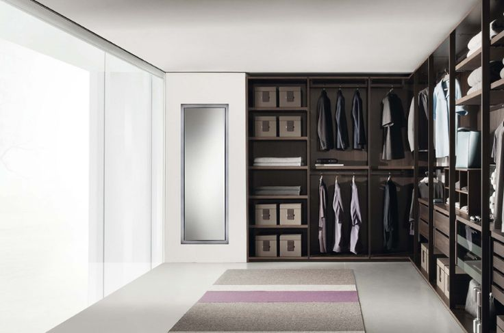 The Pass Walk-in by Jesse has lifted the expectations of a classic walk-in wardrobe. The Pass is appealing to the eye as the wardrobe is an open walk-in, giving style a very contemporary and modern look
