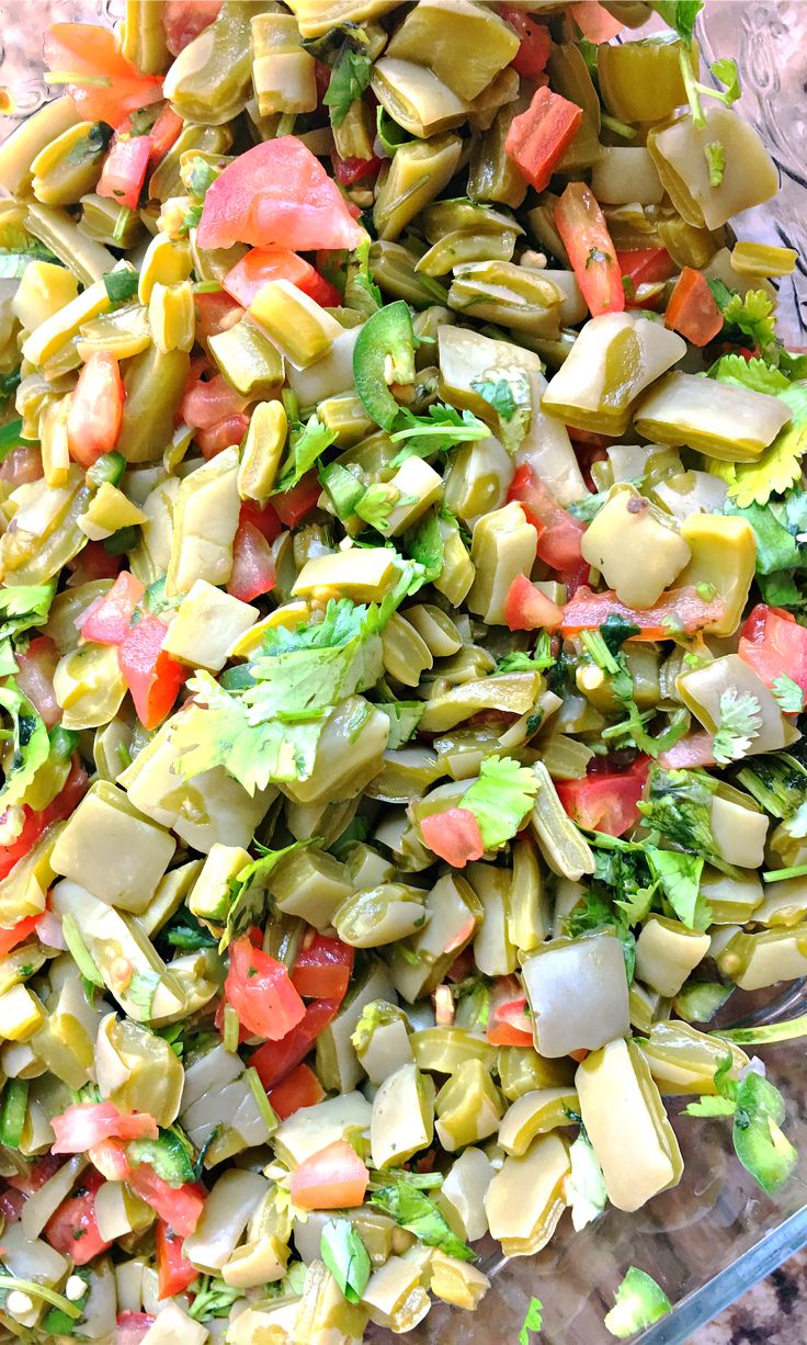 How to make ensalada de nopales - LivingMiVidaLoca.com