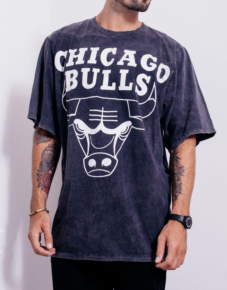 Usual Suspect Oversized Bulls Black Wash Tee