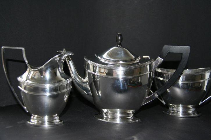 Empirestijl driedelig zilveren theeservies