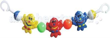 Baby Mix Растяжка на коляску Совята  — 360р. -------------------  Погремушка для коляски BabyMix Art. 136-162P   Функции и особенности :  Эта серия погремушек в коляску подходит для всех типов колясок. Игрушки изготовлены из пластика Способствуют развитию фиксирования взгляда на движущихся предметах Обратите внимание : Погремушка предназначена для возраста малыша, пока он не умеет самостоятельно двигаться. Во избежание случайного запутывания малыша, погремушку следует удалить, когда малыш…