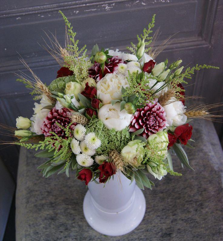 les 52 meilleures images du tableau fleurs flowers bouquets mariage cie sur pinterest. Black Bedroom Furniture Sets. Home Design Ideas
