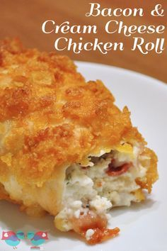 Enjoy a delicious dinner with this Cream Cheese and Bacon Chicken Roll! A fabulous crispy outside makes it even better! {The Love Nerds} #dinner #chickenrecipe #chickenroll