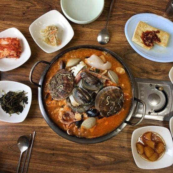 Seafood Soft Tofu Stew (Haemul Sundubu Jjigae) 해물짬뽕 순두부 #koreanfood #seafood