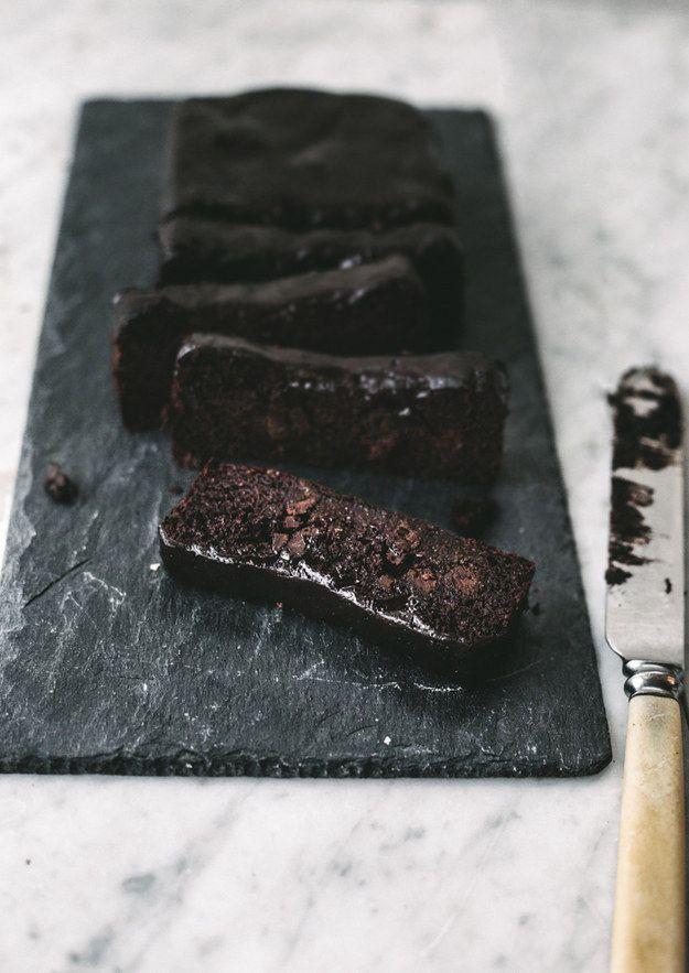 Bolo fudge de chocolate sem glúten, lactose e farináceos