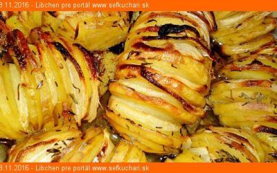 Pečené zemiaky s cibuľou a tymiánom