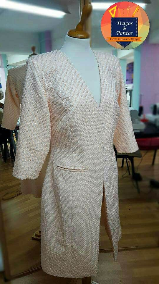 vestido creme  Escola Costura Traços e pontos