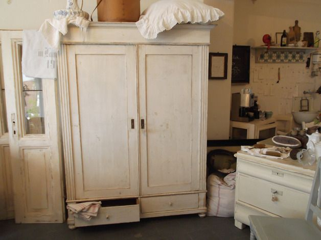 Awesome Antiker Kleiderschrank t rig Shabby Look