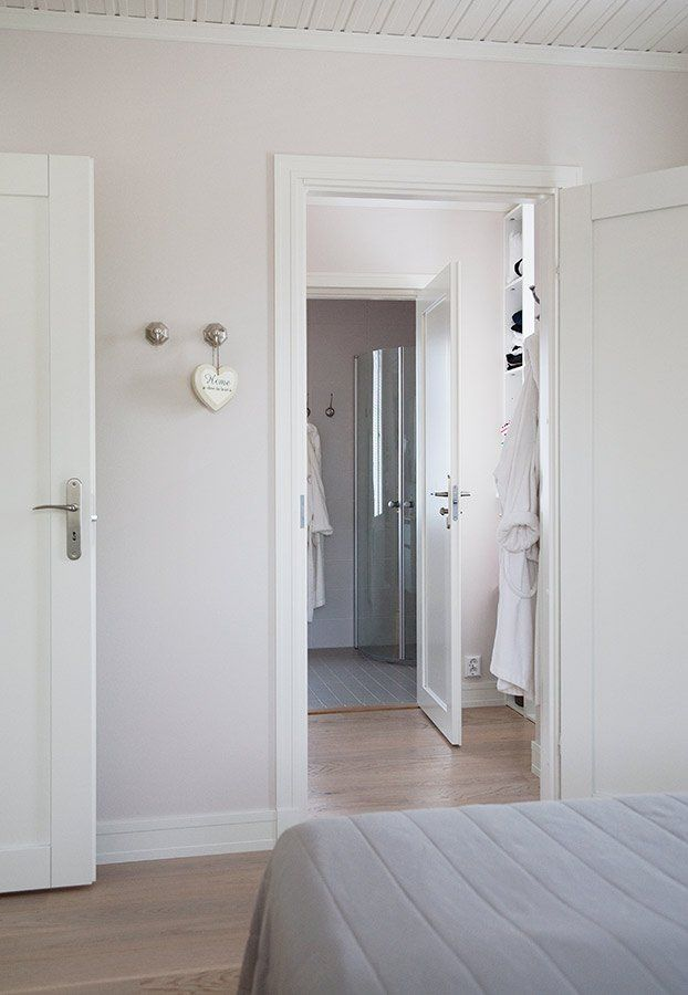 N Kym Auroran Kylpyhuoneeseen