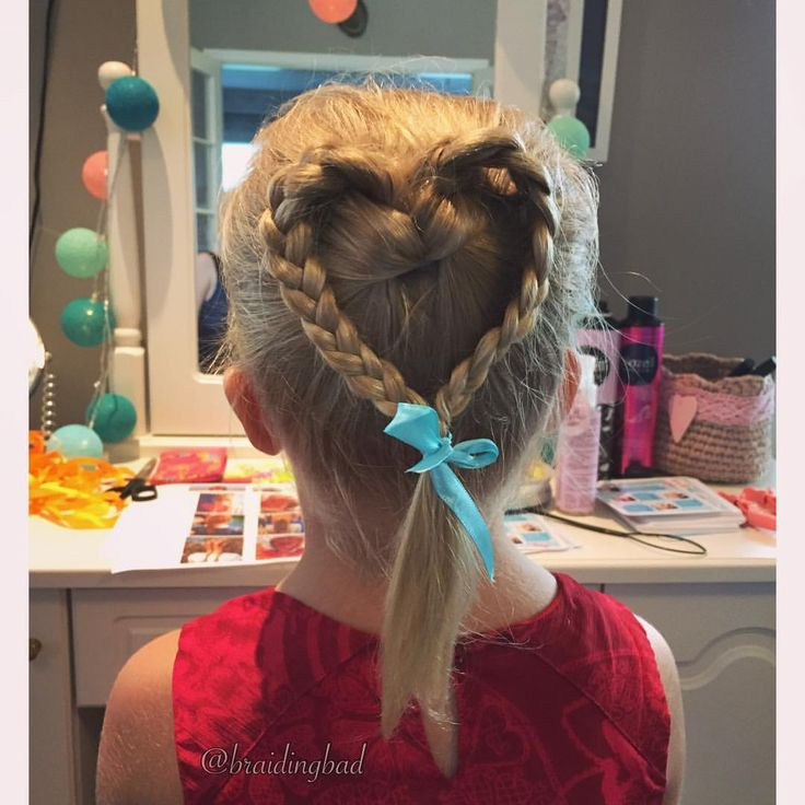 #heartbraid is one of the most requested braid at #braidingbad 's Braiding Birthday Bash 💝 It's also perfect for Valentine's Day 👌😍 . .…