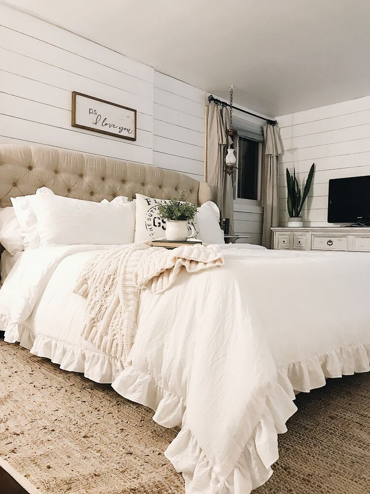 Roxbury Comforter Set White comforter bedroom, Comforter