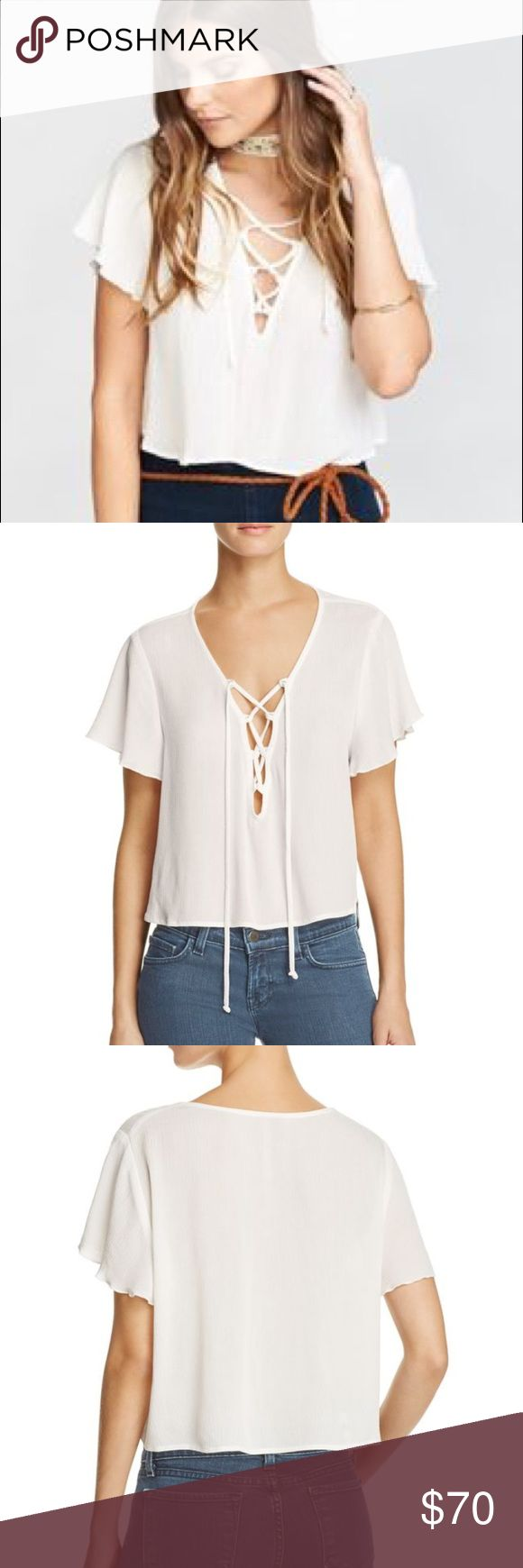 Show Me Your Mumu Oasis Crop Top Lace Up NWT M ☀️ New with tags Show Me Your Mumu white lace up Oasis Crop Top. Cute for summer with high rise shorts or jeans! ☀️ 🌊 Show Me Your MuMu Tops Crop Tops
