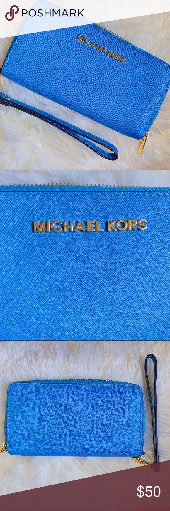 100% Authentic Michael Kors Blue Wristlet Wallet *EUC*  Medium Blue 100% authent…