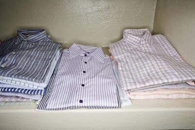 How to Make a Quilt Out of Old Men's Dress Shirts thumbnail