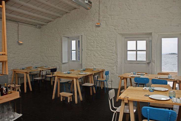 loxe mareiro restaurant: reinterpreted seaside warehouse - designboom   architecture