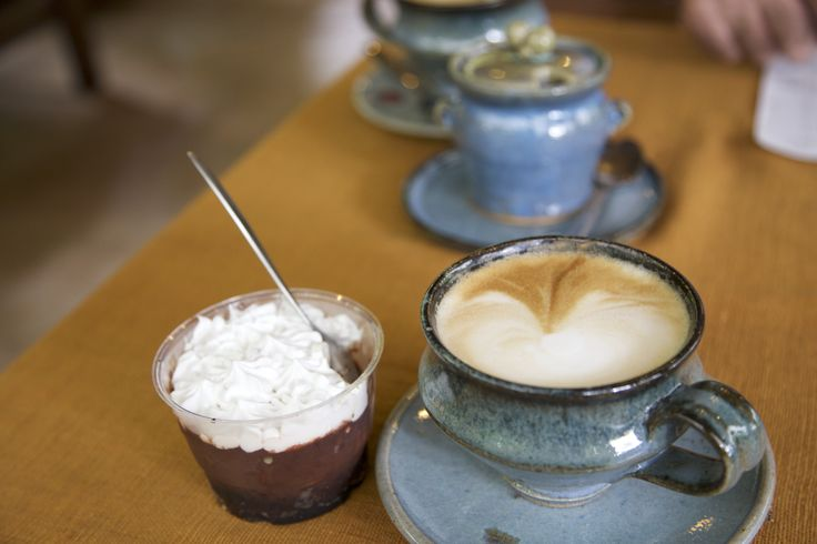 Coffee & Banoffee @ Doy Din Dang Pottery Shop, Chiang Rai, Thailand