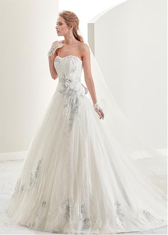 Gorgeous Tulle Satin Strapless Neckline A Line Wedding Dresses With Lace Liques