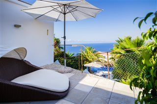 Drømmeudsigt over Costa Blanca! Villa Diamond er den perfekte feriebolig, hvis du vil se Benidorm og Alicante på første klasse! Se mere på www.feriebolig-spanien.dk/18006 #Benidorm #Alicante #feriebolig #luksusvilla