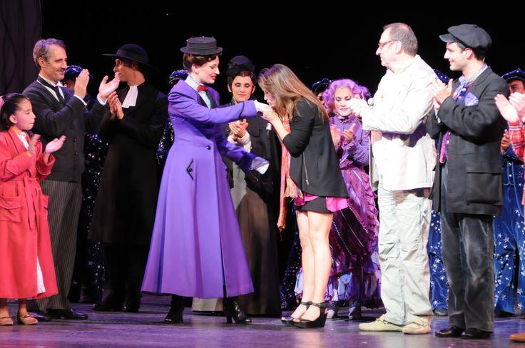 Foto de la presentación oficial de Majo Pérez en Mary Poppins. ¡Felicidades!