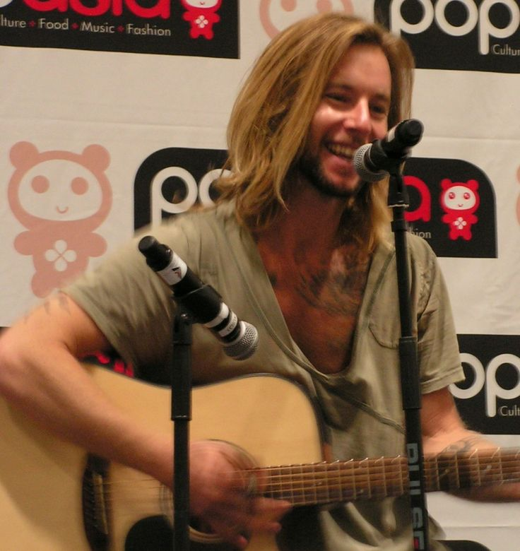 Music and Meditation with Greg Cipes at the MCM London Comic Con