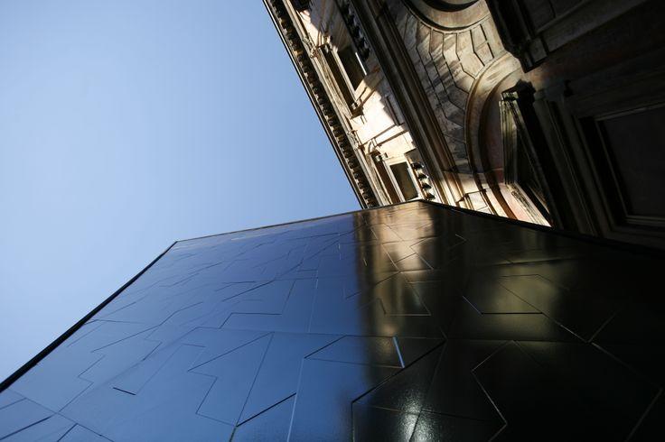 Pinnacle, by Libeskind & Casalgrande Padana - http://www.casalgrandepadana.it/index.cfm/1,868,2718,0,html/PINNACLE#.UpXMf2Qb-po