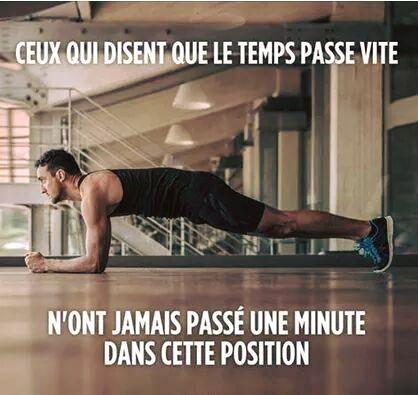 Ceux qui disent que le temps passe vite n ont jamais passé une minute dans cette position lol #plank #gainage