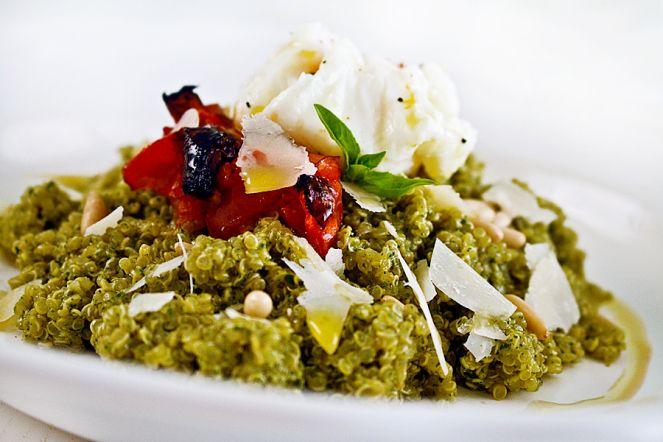 Quinoa-Con-Pesto-y-Huevo-Poche