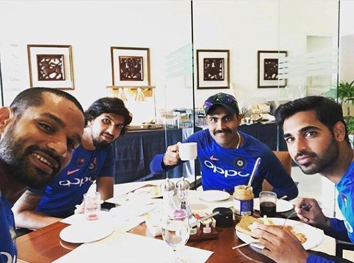 Shikhar Dhawan Ishant Sharma Ravindra Jadeja & Bhuvneshwar Kumar at the breakfast For more cricket fun and updates click http://ift.tt/2gY9BIZ - http://ift.tt/1ZZ3e4d