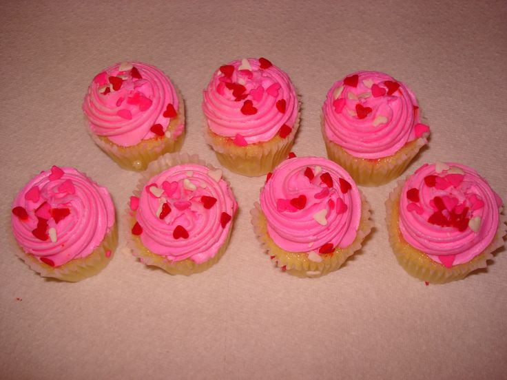 Vanilla Cupcakes...These cupcakes taste amazing and are perfect for Valentines Day or  any day of the week.