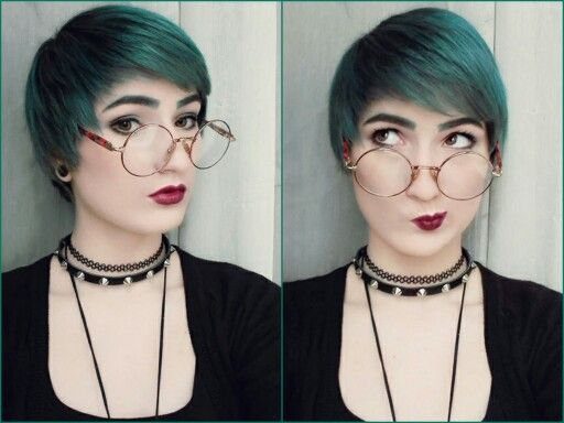 I used to have short, blue hair some times ago... nu goth girl not always have long, silver hair haha :)