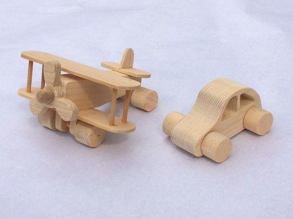 幼児のおもちゃを意識して作りました木の温もりが感じられると思います素材はパイン材、スギなどを使用、無塗装にしていますサイズ、重量ほかヒコーキ:125&time...|ハンドメイド、手作り、手仕事品の通販・販売・購入ならCreema。