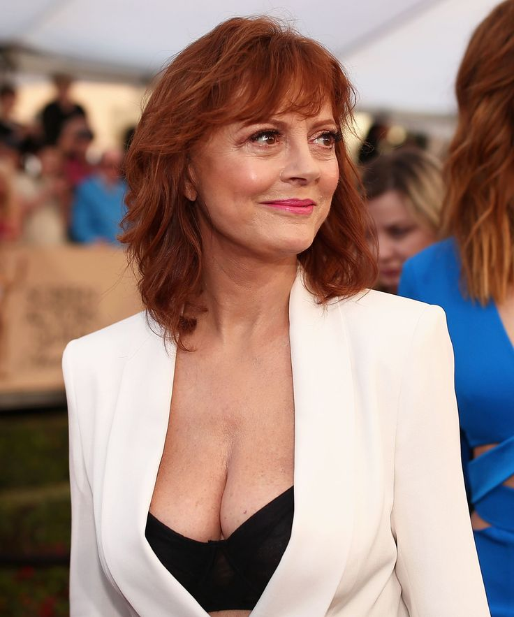 Susan Sarandon Boob Shaming SAG Awards | Susan Sarandon decided to go shirtless to the SAG Awards and Twitter couldn't handle it. #refinery29 http://www.refinery29.com/2016/01/102279/susan-sarandon-boob-shaming-sag-awards