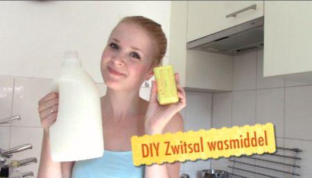 Zelf wasmiddel maken in de bekende Zwitsal geur! DIY wasmiddel, makkelijk snel en goedkoop dus budget proof!