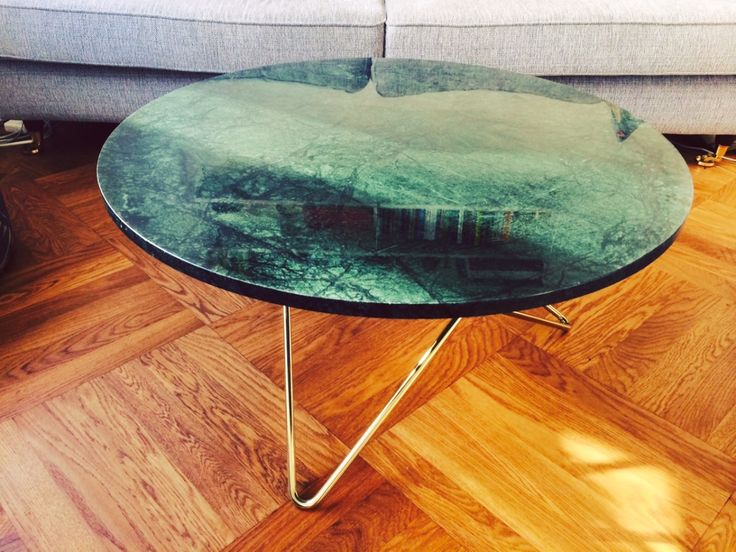 Green marble table, pure perfection right over there