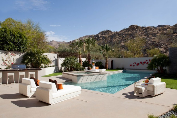 A project by Kristi Hanson with Roberti's Outdoor Collection.