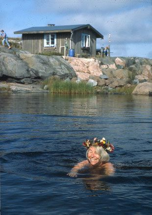 Tove Jansson. Summer in Klovharu island, Finland. Lucky us, we have visited the island...
