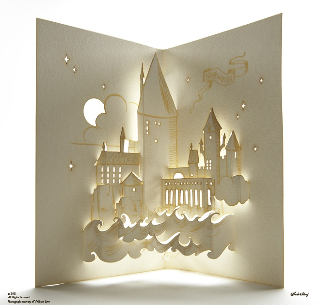 How light and pop up can be used. LEDS and cut outs.   //Hogwarts pop-up by Jackie Huang.