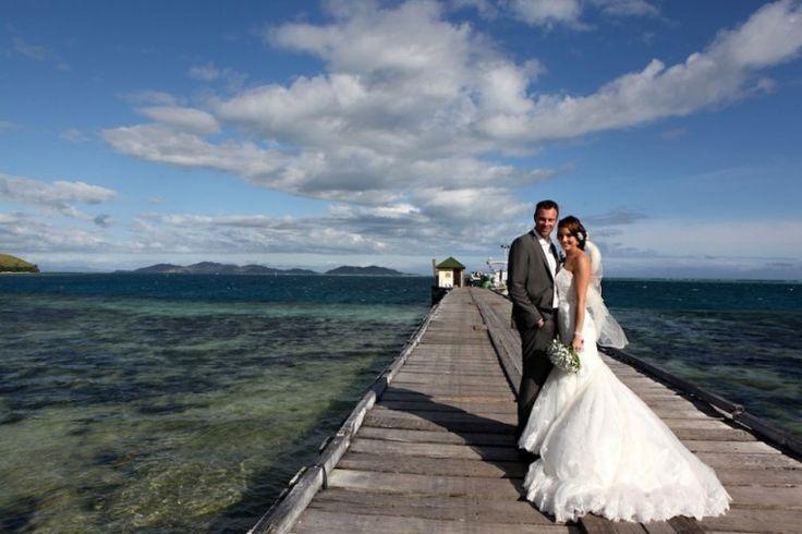 Natalie & Leigh: Mana Island   Zoomfiji - Fiji Wedding Photographers
