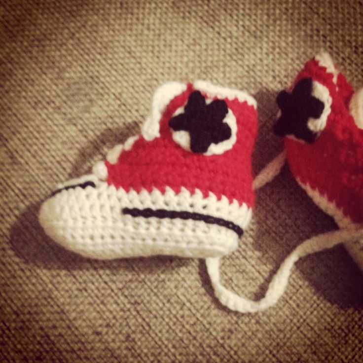 Crochet baby all star