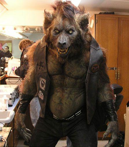 Realistic werewolf costume - photo#22