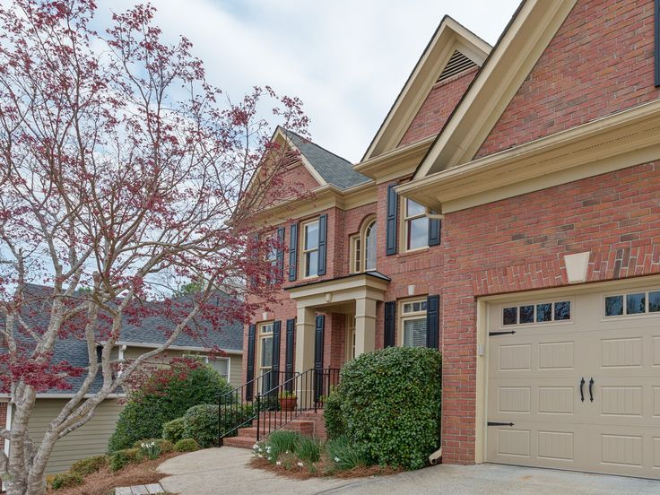 160 Ketton Crossing, Johns Creek, GA 30097 MLS® #5823227  5 bed, 3.5 bath home with a finished basement in the Northview High district. Located on a quiet cul-de-sac this home has a screened porch overlooking a private, wooded backyard. Updated kitchen and bathrooms. Master suite has an attached room perfect for an office or nursery. Family-friendly neighborhood with pool & swim team, lighted tennis courts & tennis teams, clubhouse, playground, sports court, field and walking paths.