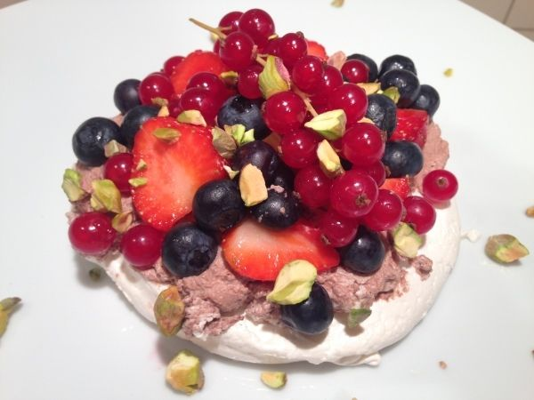 Pavlova - a light and delicious dessert!