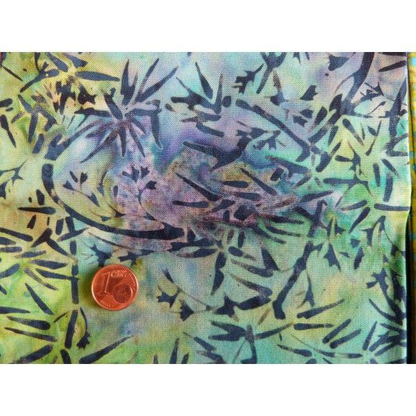 Tissu patchwork Batik anis à pois cyan et motifs fleurs vertes