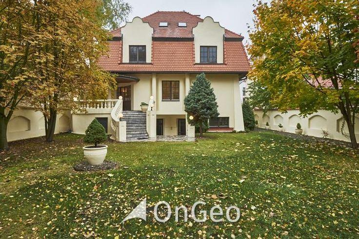 Dom na sprzedaż #Warszawa #Wilanów Przestronny #dom idealny pod #inwestycję, #biuro lub dla rodziny.