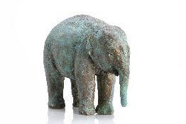 Jonge Indiase Olifant; 2004; 30x30cm  #sculpture #brons # dieren #olifant #arnoggoossens
